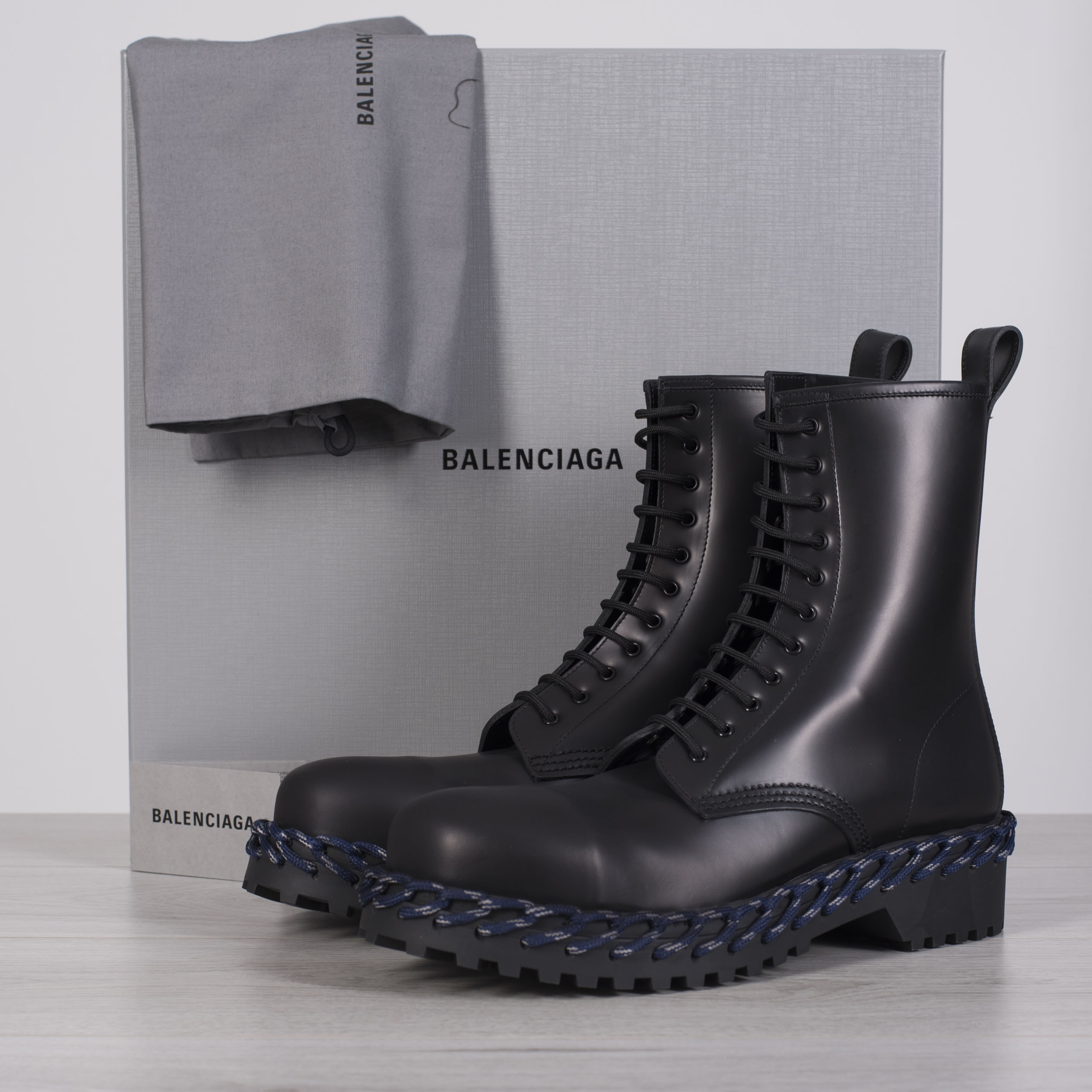 New Combat Boots With Lace Detail In