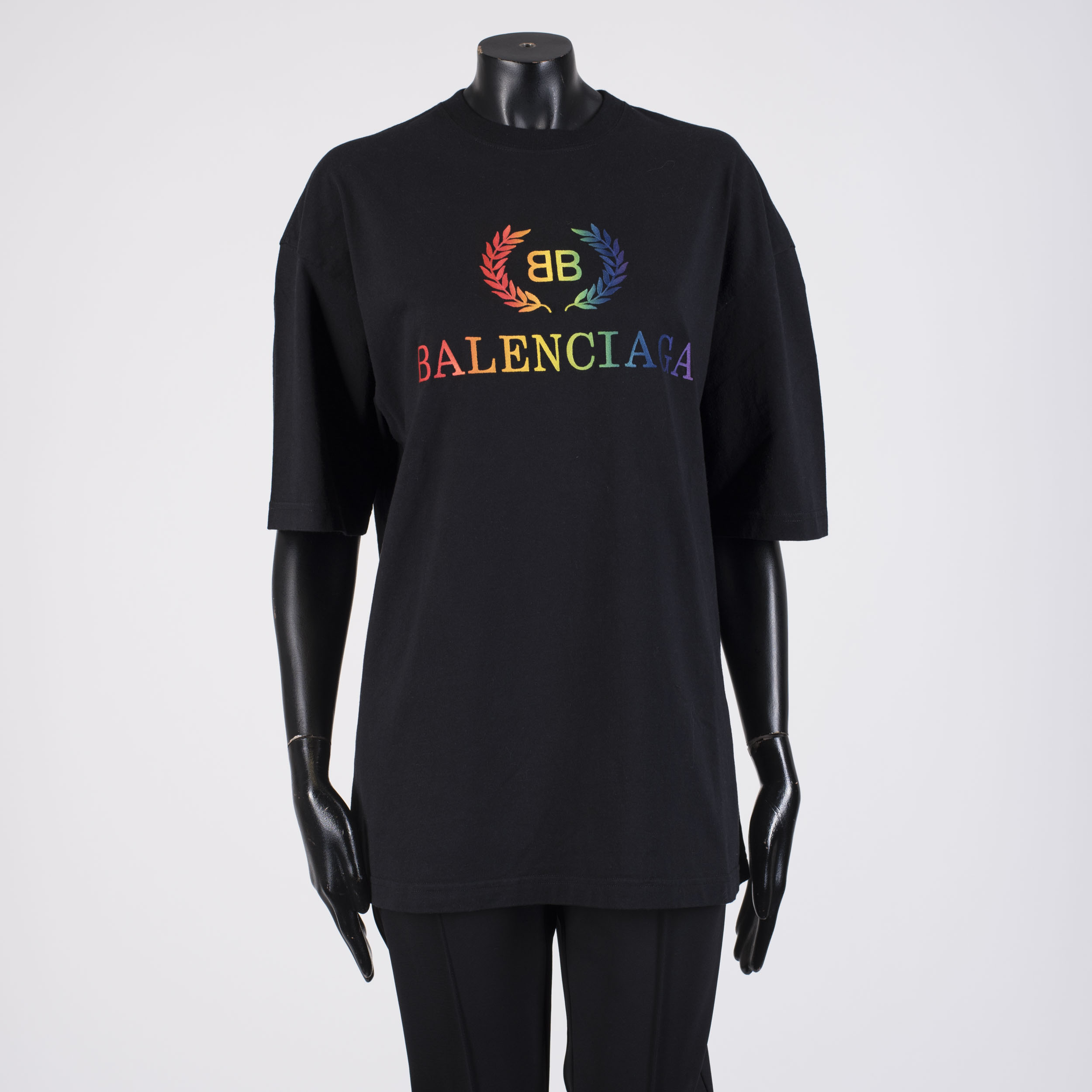 0d85f6f90f4 BALENCIAGA 550$ Oversize Women's Rainbow BB Logo Embroidery T-shirt ...