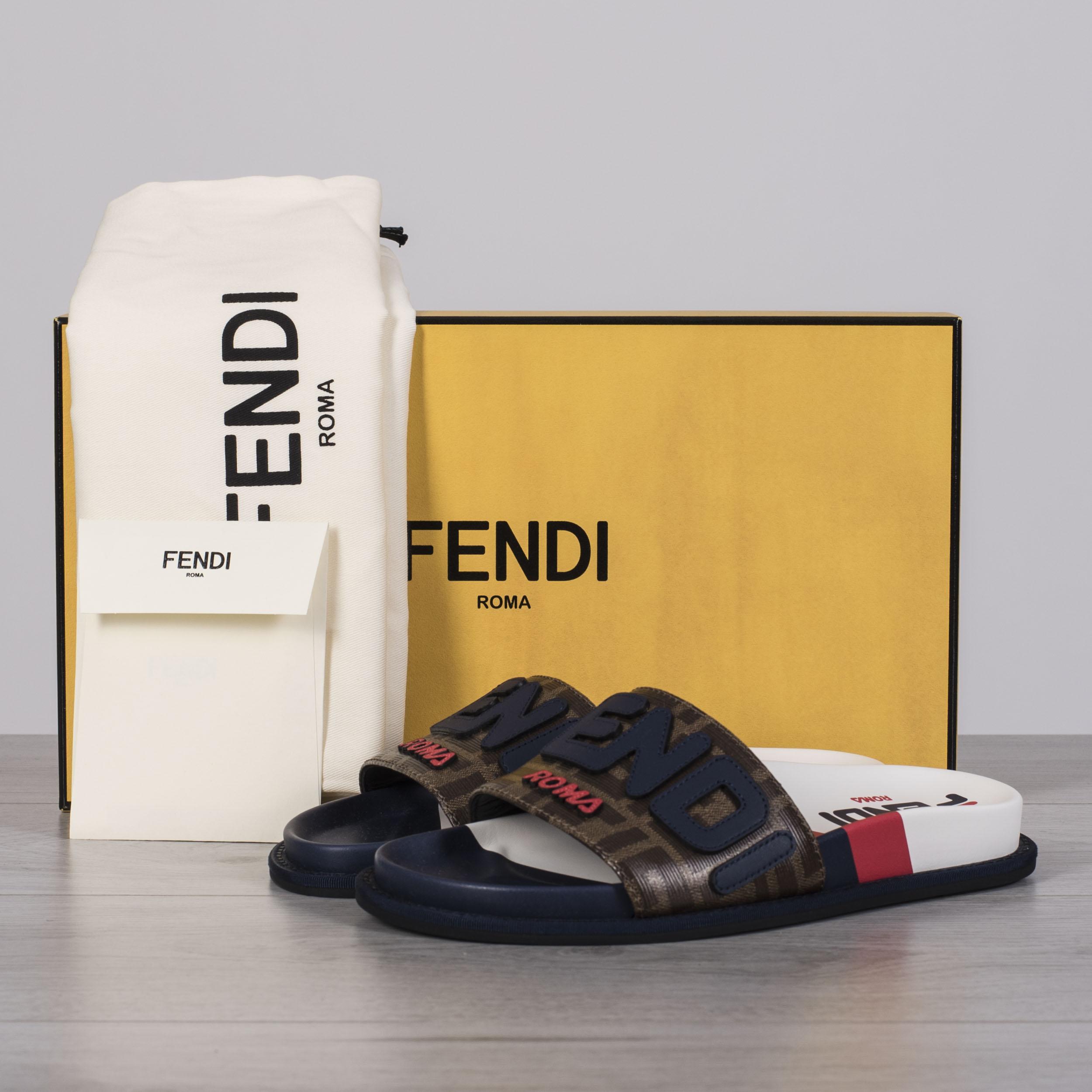 FENDI x FILA 650$ Logo Mania Slides In