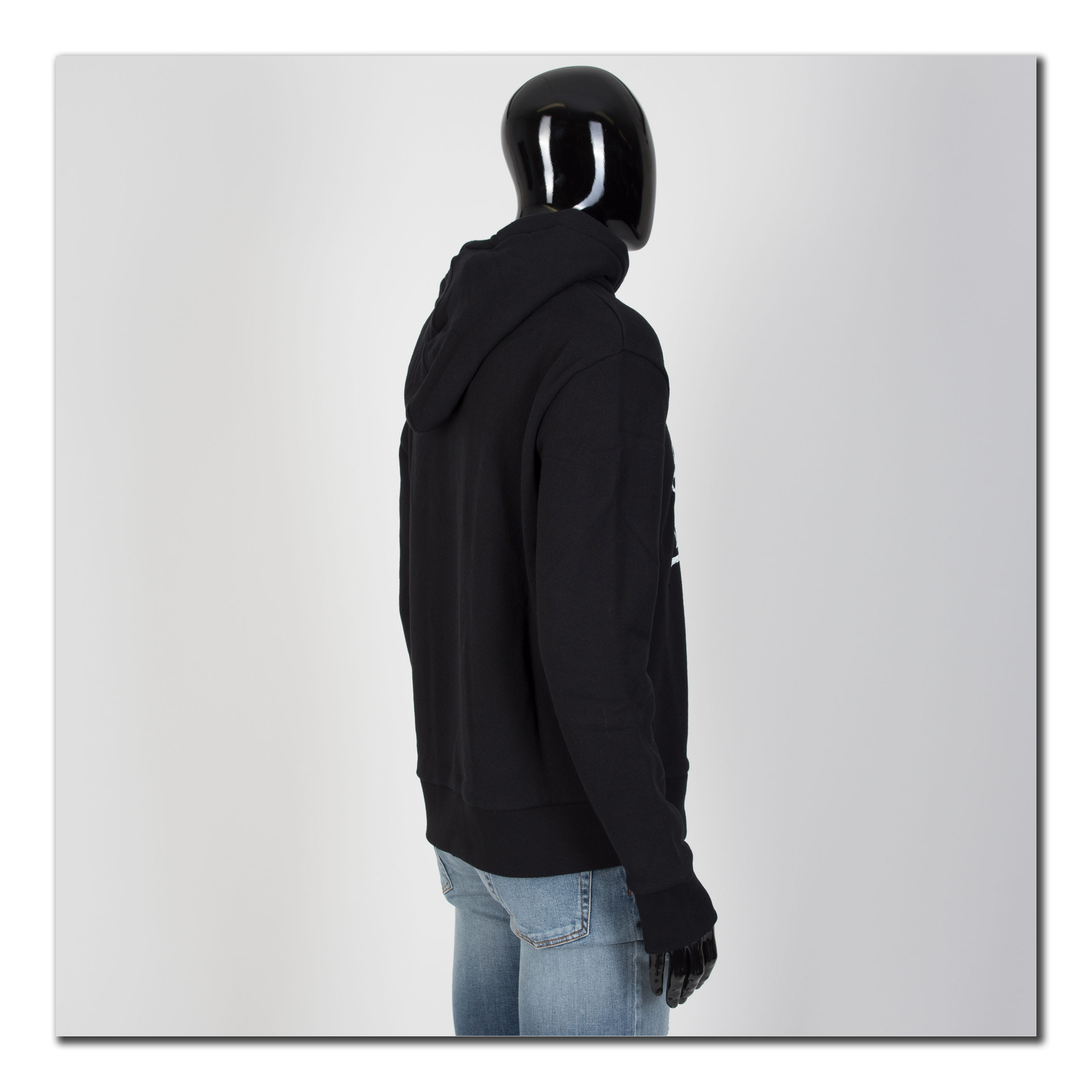 eea3cf15d2667 GUCCI 1280  Oversize Sweatshirt With Vintage Gucci Logo In Black