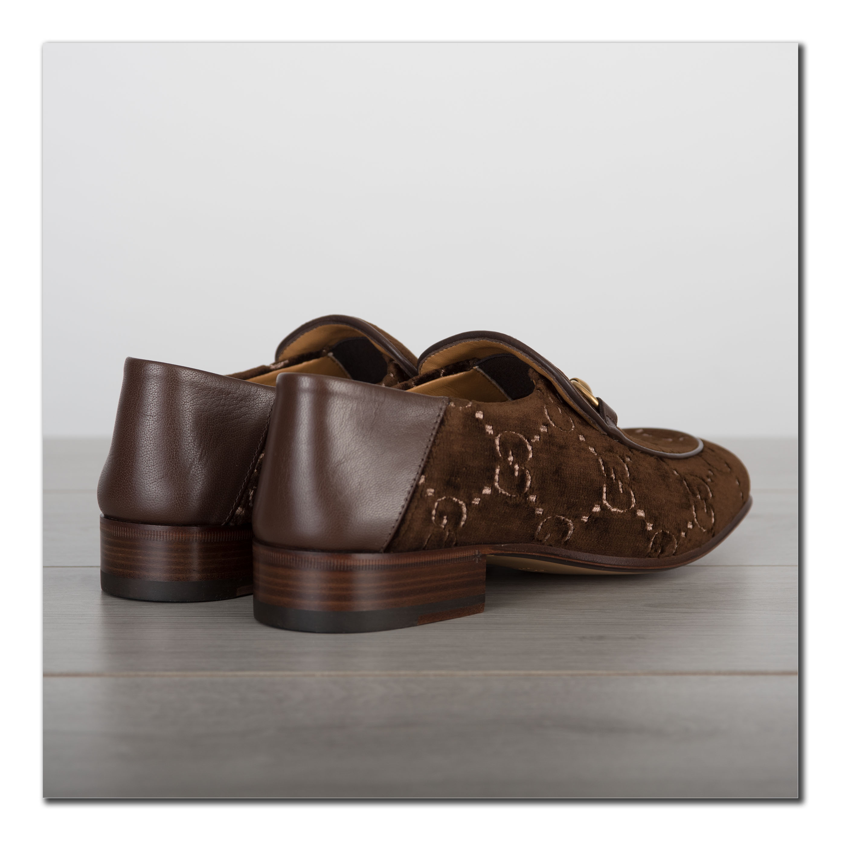 fdc19f16815 GUCCI 850  Authentic New Horsebit Loafers In GG Brown Velvet With ...