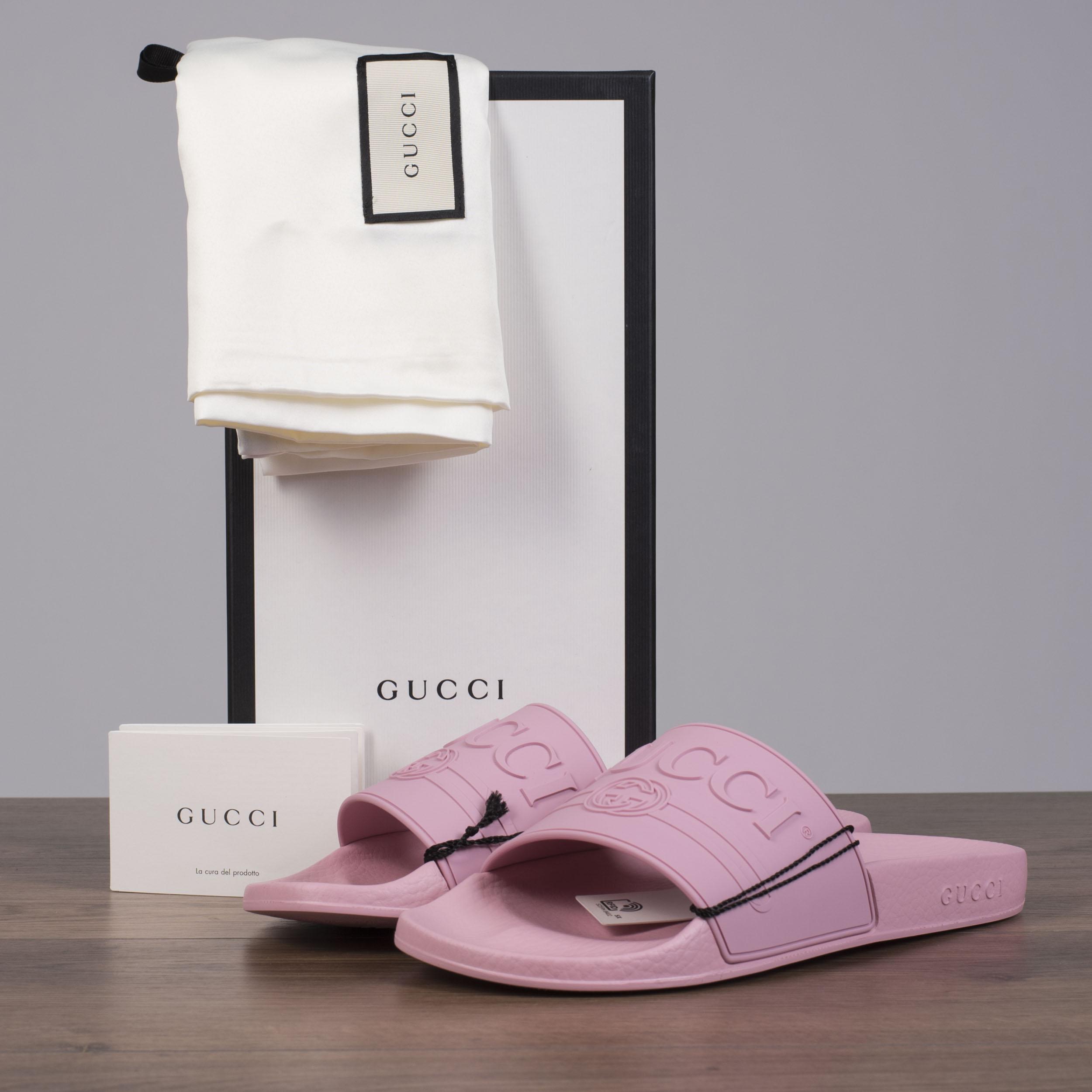 fe467ea978c0 Details about GUCCI 250  Women s Logo Slide Sandals In Antique Rose