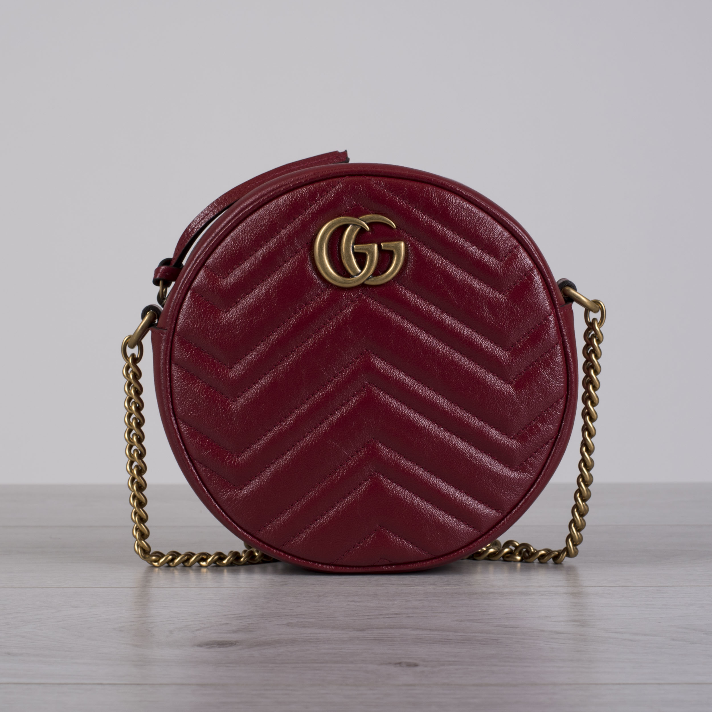5489eefb90c Details about GUCCI 1290  GG Marmont Mini Round Shoulder Bag In Hibiscus  Red Leather